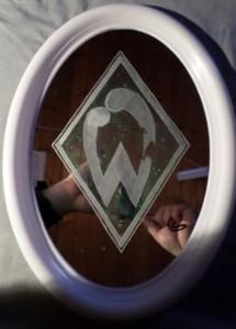 Ovaler Spiegel Steht noch zum Verkauf
